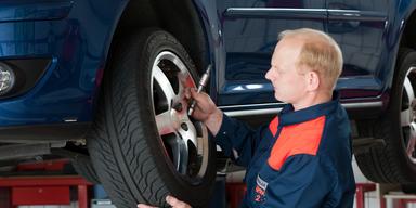 Enorme Preisunterschiede für Reifenwechsel