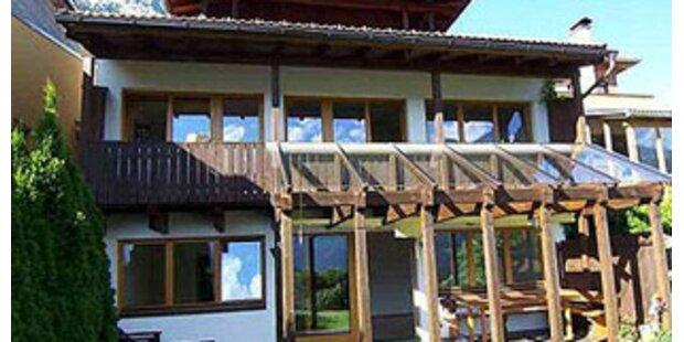 Auch zwei Tiroler Häuser verlost