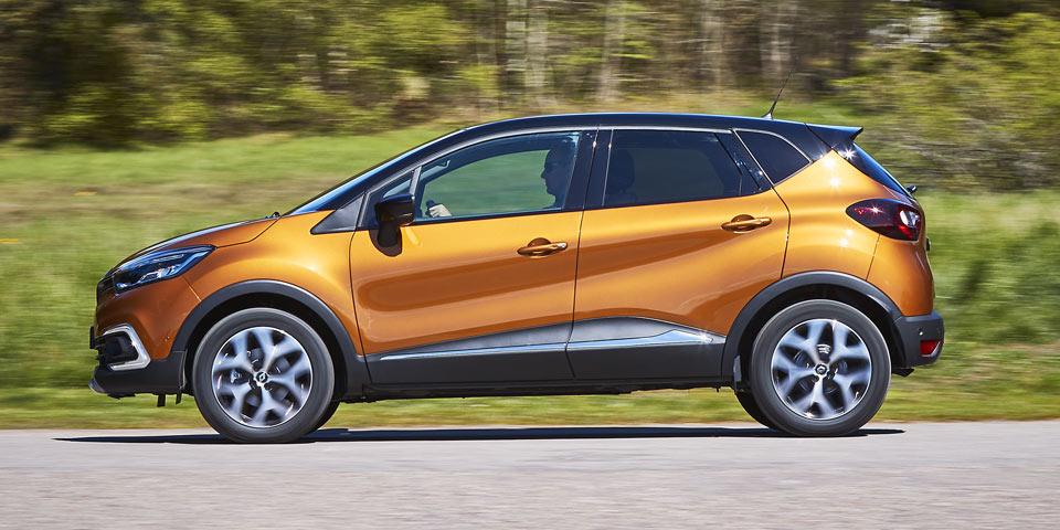 Renault_Captur_2017-960-st2.jpg