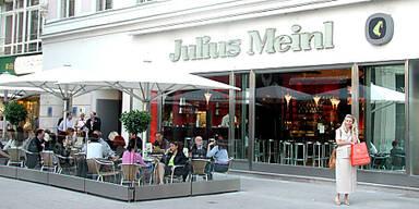 Restaurant wird zu Kaffeehaus und Champagnerbar