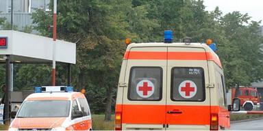 Auto geht bei Unfall-Drama in Flammen auf: 16-Jährige tot