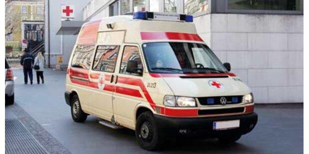 Pkw rammt Taxi: Vier Verletzte in Graz