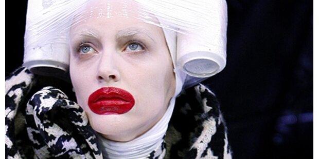 Alexander McQueen riskiert dicke Lippen
