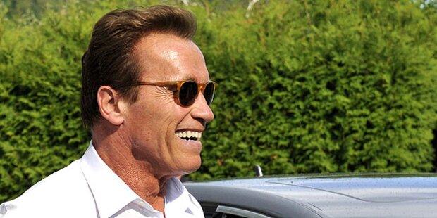 Arnie genießt sein neues Single-Leben