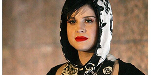 Preis für das bizarrste Outfit an Kelly Osbourne