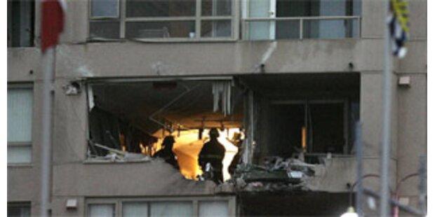 Kleinflugzeug stürzte in Wohnhaus bei Vancouver
