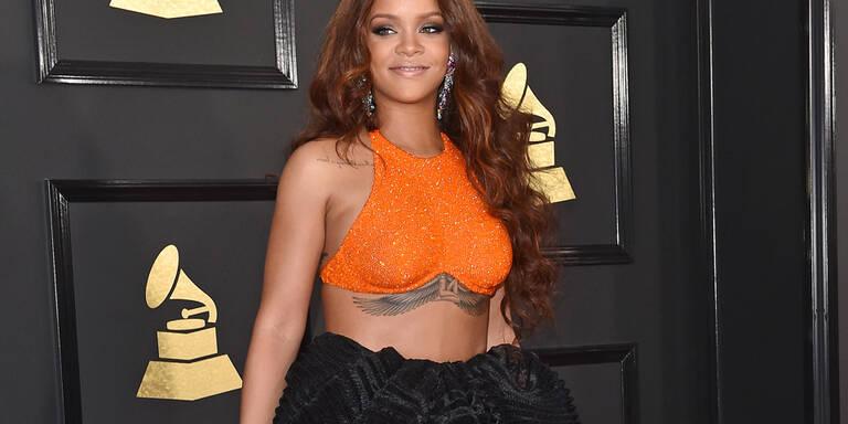 Rihanna geht unter die Schmuckdesigner
