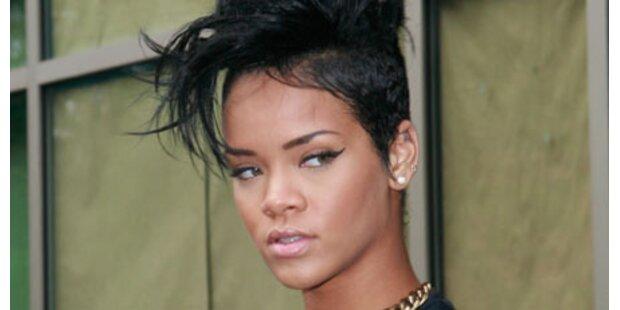 Chris auf Abstand: Rihanna sauer
