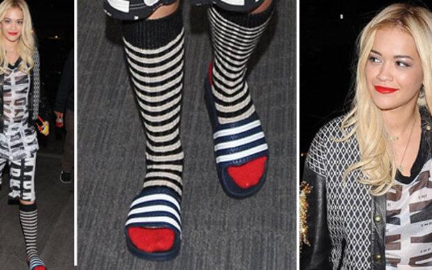 Rita Ora in Proll-Schlappen unterwegs
