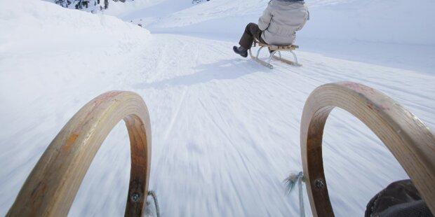 Mann fuhr mit Pkw auf Skiweg ins Tal
