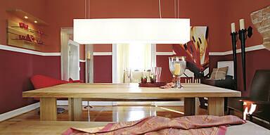 Rot- und Orangetöne sind als Wandfarbe gefragt