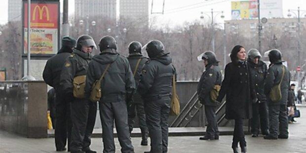 Rund 1000 Festnahmen in Moskau