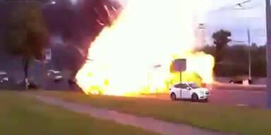 Moskau: Amateurvideo zeigt Autoexplosion