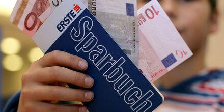 Österreicher sparen sehr konservativ