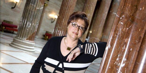 Rauch-Verbot: So hart ist die neue Ministerin