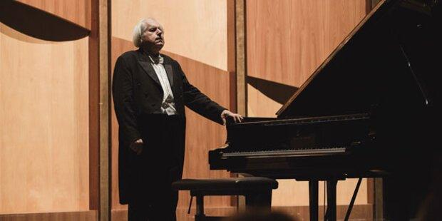 Sokolov glänzte mit Schubert und Beethoven