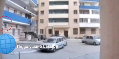 Mutter lässt Dreijährige von Balkon fallen - tot