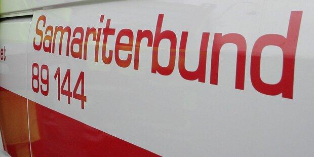 Wien: PKW kollidiert mit Krankenwagen