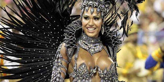 Krawall beim Karneval in Brasilien