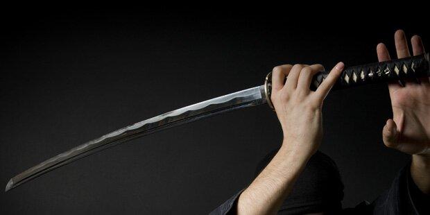 Betrunkener Mann (38) tötet seinen Cousin mit Samuraischwert