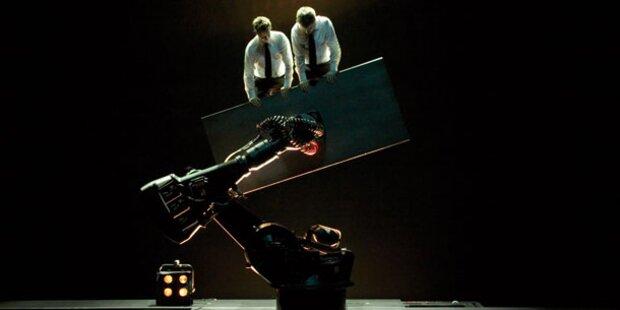 Schwereloses Maschinen - Theater