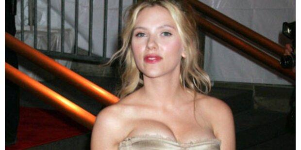 Scarlett zeigt gerne erotische Seite