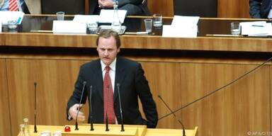Schellhorn kritisiert Maßnahmen der Politik