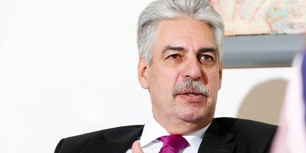 Schelling will Maßnahmen gegen Budgetbelastung