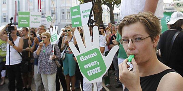 200 Personen bei Anti-Scheuch-Demo