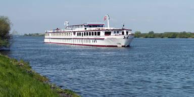 Donauschifffahrt: Anrainer klagen über Fäkalien im Wasser