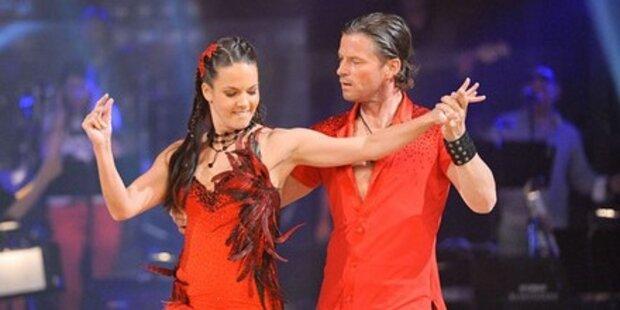 Frenkie Schinkels & Wieland tanzen Samba