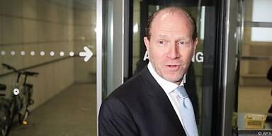 Schlaff will Kleinkredite in Deutschland anbieten