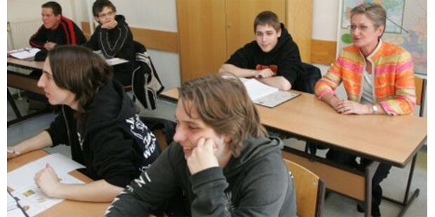 Österreicher für Ausweitung der Lehrer-Arbeitszeit