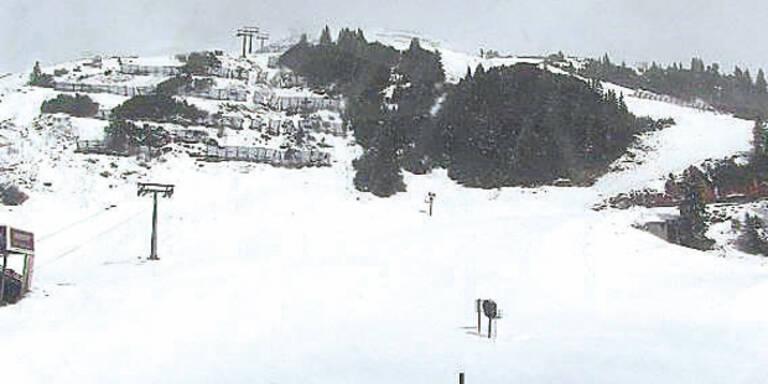 Erstes Skigebiet führt Gäste-Registrierung ein