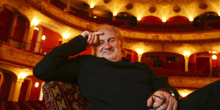 Volkstheater-Direktor nimmt den Hut