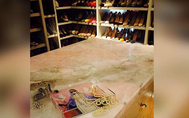 Wem gehört dieser Traum-Schuhschrank?