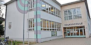 Schule Ebreichsdorf Mädchen abgewatscht