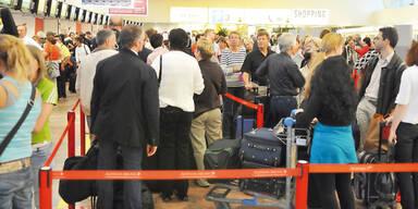 Flughafen SChwechat Passagiere