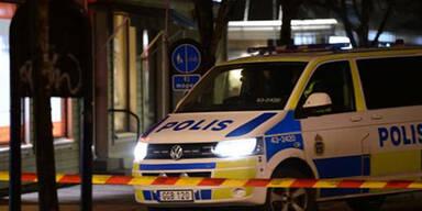 22-Jähriger wegen siebenfachen Mordversuchs angeklagt