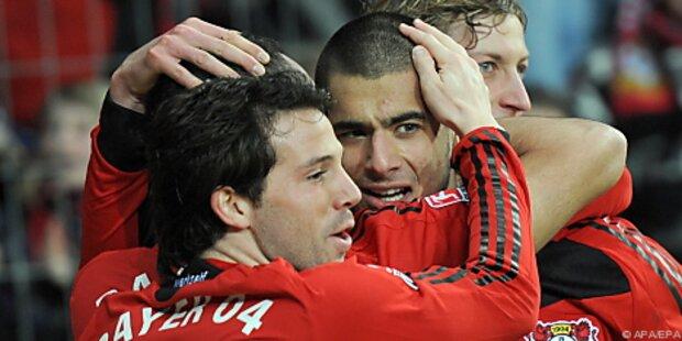 Leverkusen mit 4:2 gegen HSV weiter im Titelrennen
