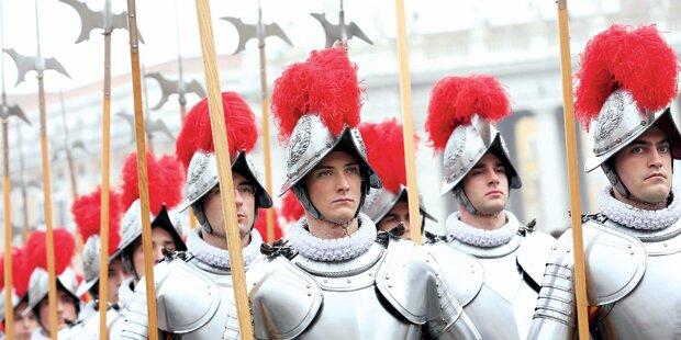 Schafft Papst Schweizergarde ab?