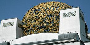 Kuppel-Blätter vom Dach der Wiener Secession gestohlen