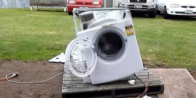 Waschmaschine dreht völlig durch!