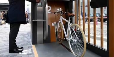 Japans irrer Fahrrad-Parkplatz