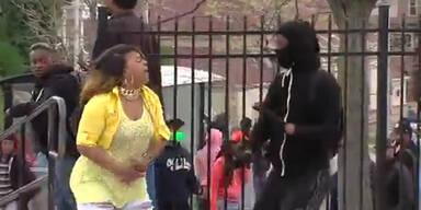 Mutter prügelt Baltimore-Sohn