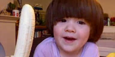 """Bananen""-Lektion für süßes Kind"