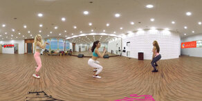 360 Grad - Diese Mädchen geben alles