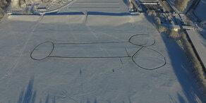 Der größte Schnee-Penis der Welt
