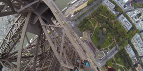 Irre: Freeclimber bezwingt den Eiffelturm