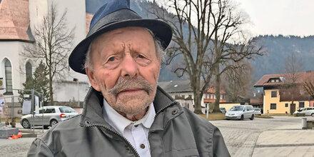 101-Jähriger in der Kirche ausgeraubt